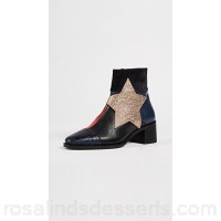 Hilfiger Collection Women Patchwork Star Ankle Booties Peacoat/Multi THILF30047 SYFTKSI